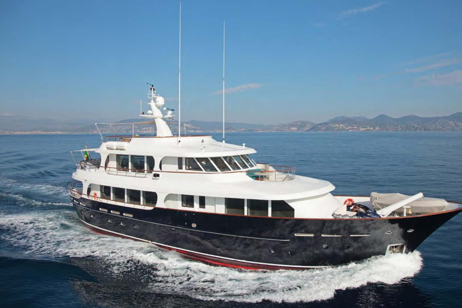 Lynx Yacht 109
